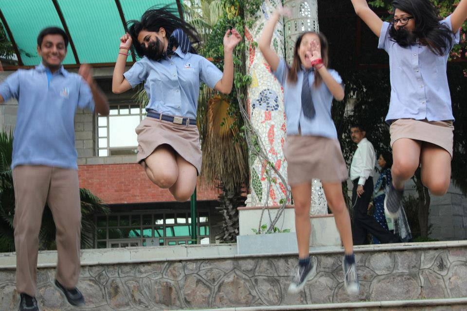 cbse 10th board results 2015 image girls