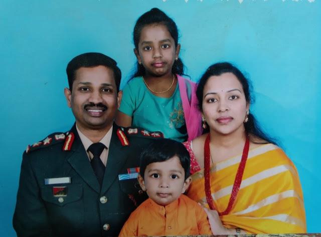 Col Santosh Kumar family image