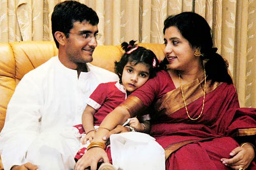 Sourav Ganguly with his wife Dona and daughter Sana