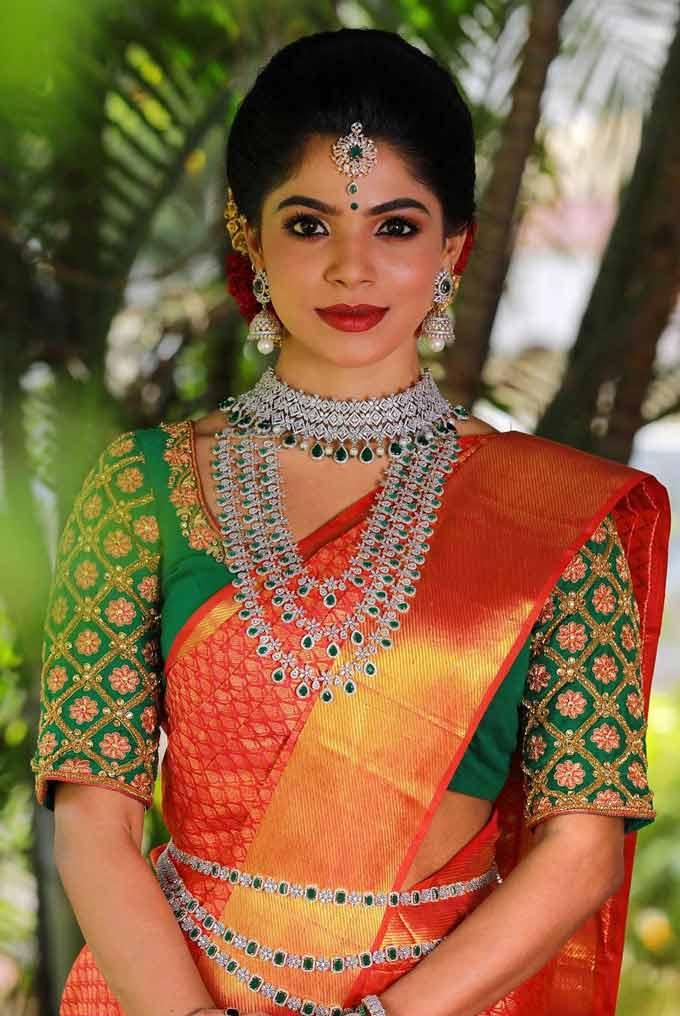 Divyabharathi Imgs