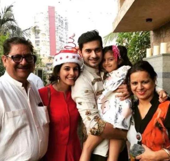 Isha Talwar with her Family