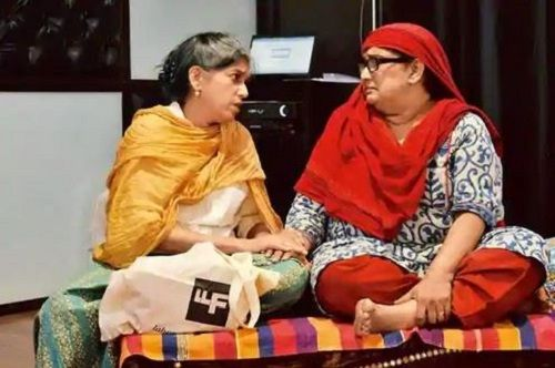 Ratna Pathak Shah and Seema Pahwa in a Theatre Play