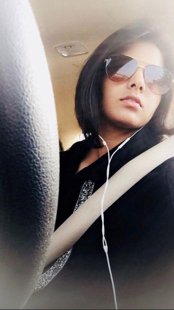 Priya Punia driving car 575x1024 1