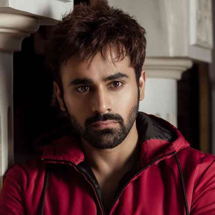 Pearl V Puri images