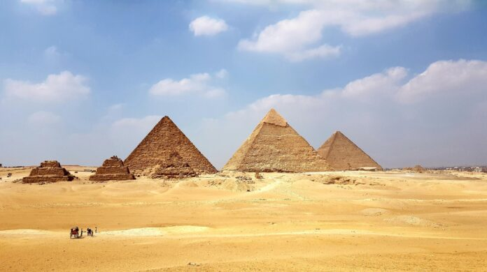 5 reasons to visit egypt